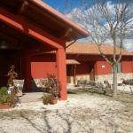 Il Portico del nostro agriturismo con vista su L'Aquila