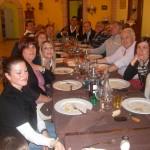 immagina di una cena con gli amici Stefano e Walter presso il nostro agriturismo antica forconia - L'Aquila