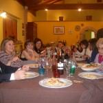 Immagina della tavolata del pranzo per festeggiare la cresima di Alessandro all'agriturismo antica forconia dell'Aquila