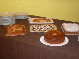 tavolo di dolci della Fattoria Antica Forconia Agriturismo a L'Aquila