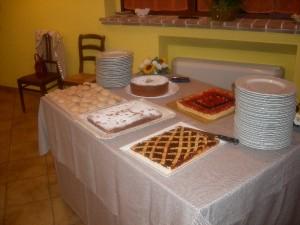 Selezione di dolci e crostate in Fattoria Antica Forconia Agriturismo a L'Aquila