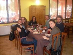 Pranzo tra amici in Agriturismo vicino L'Aquila Antica Forconia