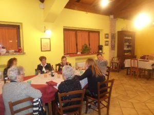 Avvocato e famiglia a cena in agriturismo a L'Aquila